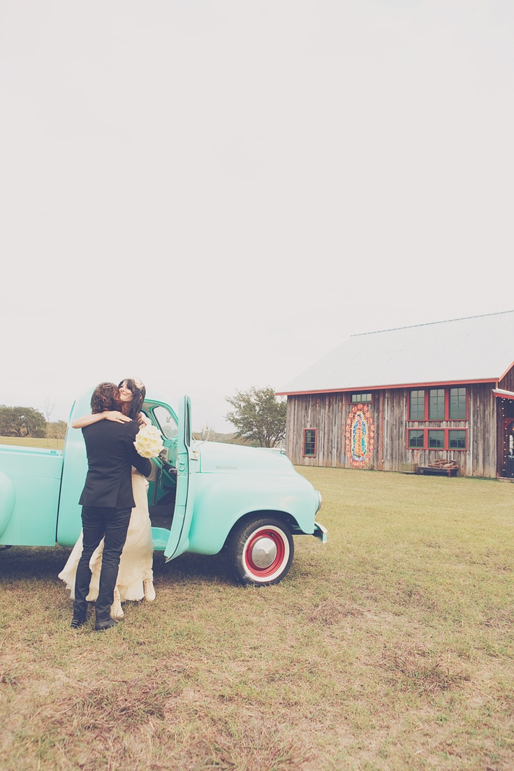 Bleubird Vintage blog....I would love this wedding cont