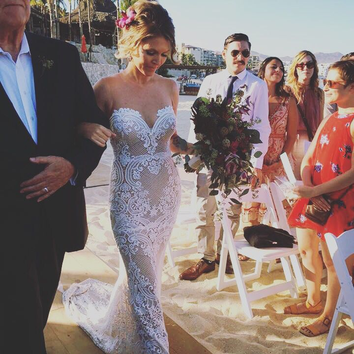 One of my favorite wedding dresses! Olga @loscabosmakeup.com #caboweddings