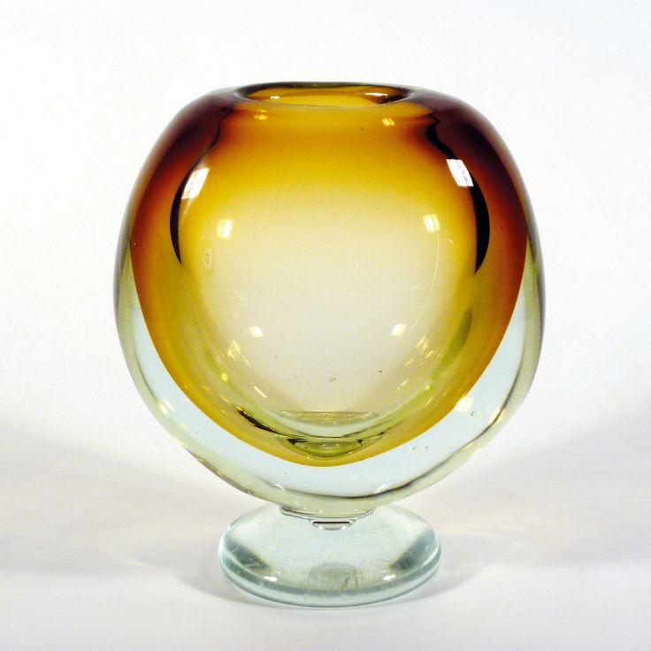 Zdenka Strobachova, vase, 1965, glass bowl, H: 21,0 cm, Pattern No: 1965, glassworks UUR Skrdlovice, Czechoslovakia