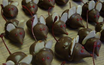 chocolate cherry mice! for hostess gifts or fun christmas party snack ...