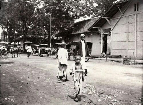 Straatbeeld in Malang 1910.