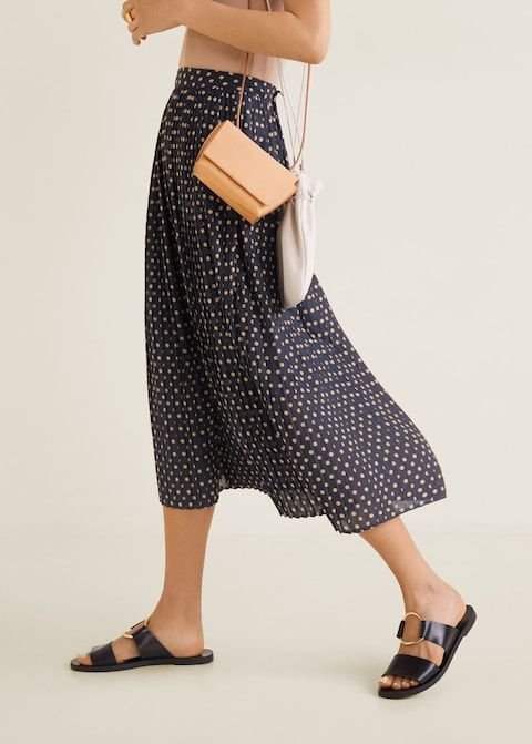 316422cced Polka-dot pleated skirt - Women in 2019 | wardrobe curation | Mango ...