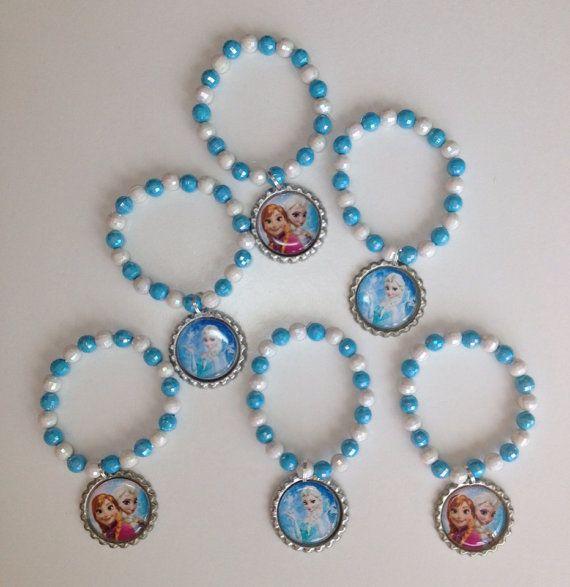 Frozen party favor bracelet.. Frozen bracelet.. por GirlzNGlitter, $18.00