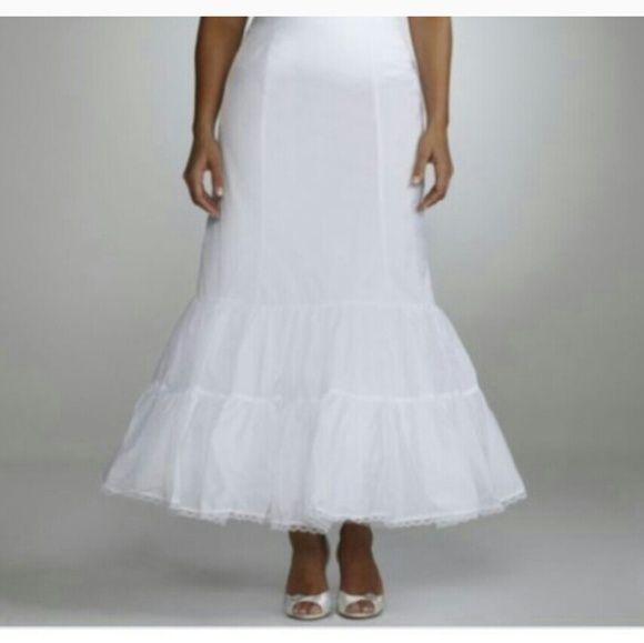 1000 images about weddings bride on pinterest plus for Plus size wedding dress petticoat