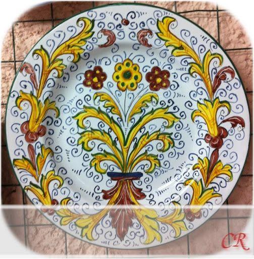 http://ceramicherinascita.altervista.org/ornato-rinascimentale-giallo-e-rosso/