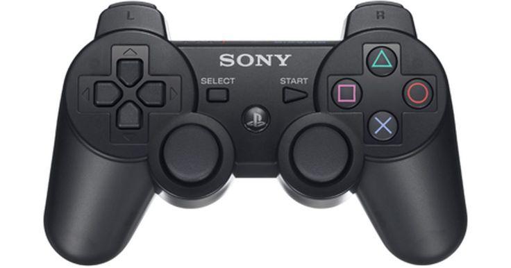 Cómo convertir un controlador de PS2 a USB. Si tienes una consola de juegos PlayStation 2 pero también juegas a un montón de juegos de video en tu computadora, es conveniente mantener la misma configuración del controlador para cada uno. Por eso, algunos usuarios optan por utilizar sus controladores de PlayStation 2 en sus equipos. Aunque no puede hacerse con la conexión que posee, hay un ...