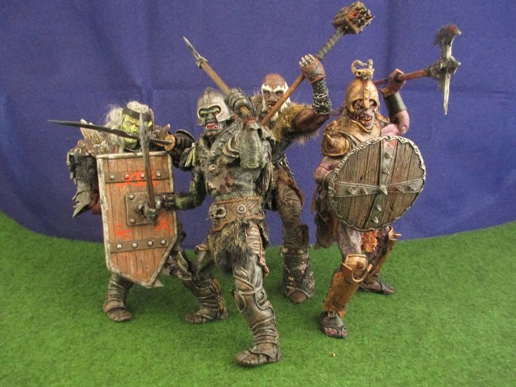 https://flic.kr/s/aHskn7EQxk | Lord of the Rings, custom action figures, groups shots