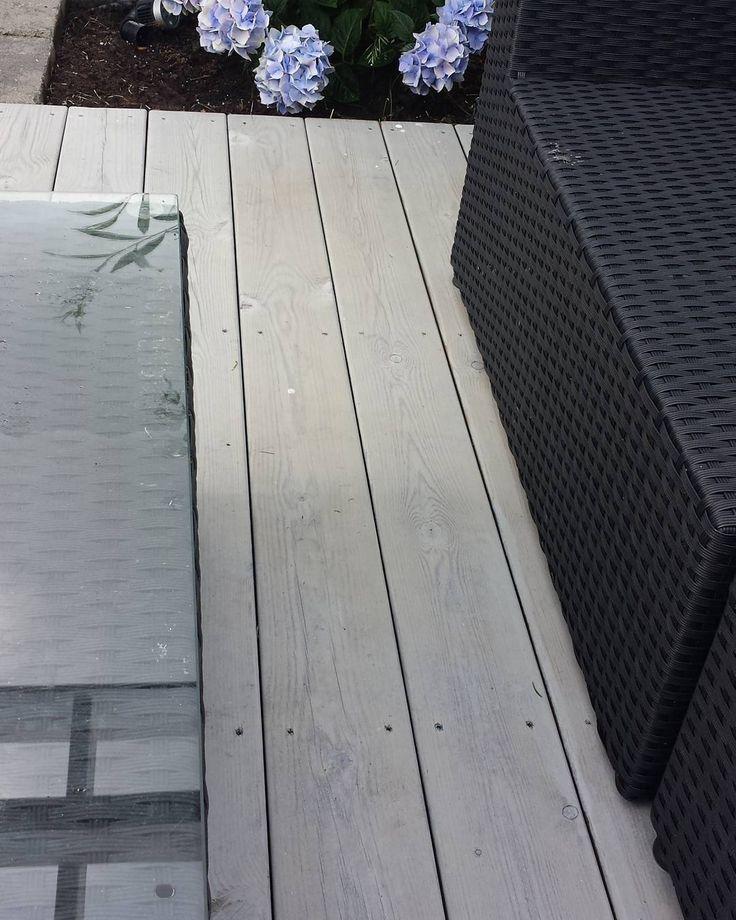 Ferdigbeiset terrassegulv i fargen skimmergrå. Veldig fornøyd 😊 #skimmergrå#terrasse#sommer