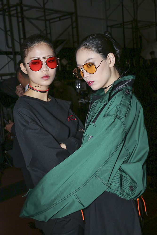 FOR ART'S SAKE T-SHIRT CHERRY and DARK EYES AMBER at Seoul Fashion Week, backstage at DOZOH SS18. Seen in Vogue Online.