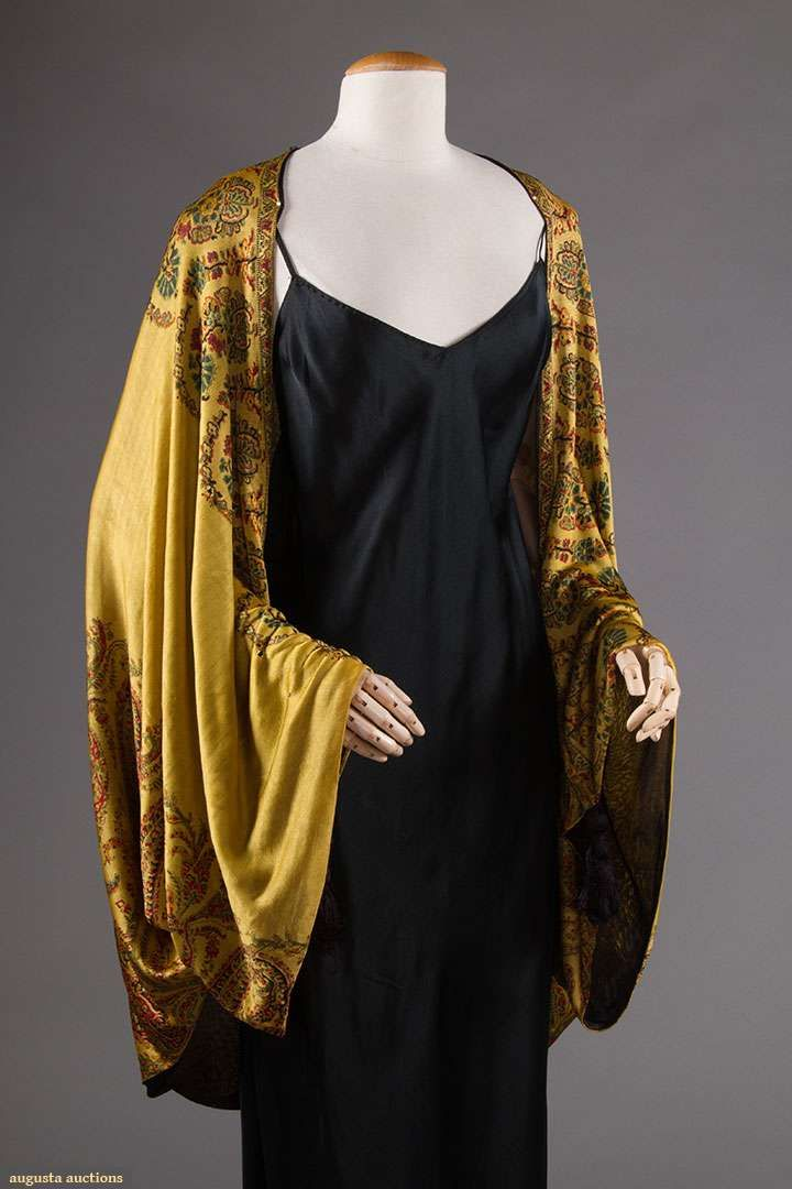 Evening wrap, silk, no location available, 1920s