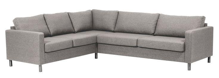 Cruz er en sofa-serie med et moderne uttrykk. Serien består av 4 oppsett og passer inn i de fleste hjem. Med 3 farger kan man velge det trygge eller t
