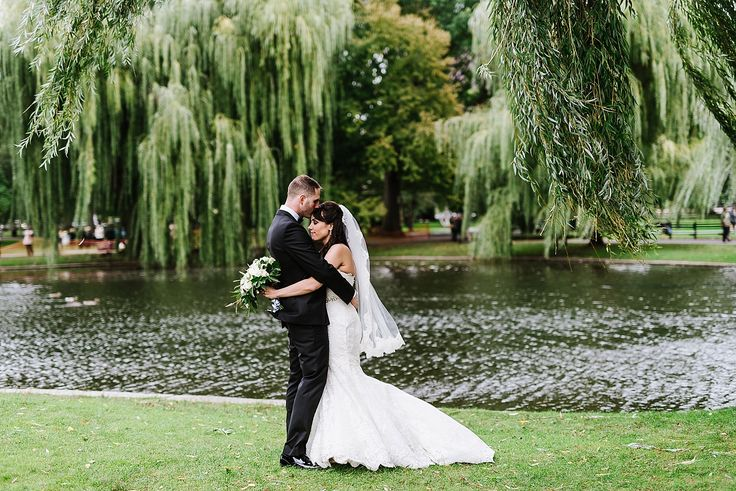 Fall Wedding on the Rooftop at the Taj Boston Hotel by Boston Wedding Photographer Annmarie Swift