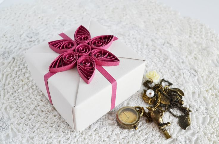 gift_box_flower_quilling_6.jpg (1600×1058)