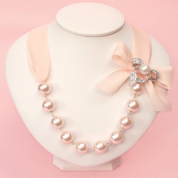 Goregeous Pearl and Crystal Ribbon Necklace