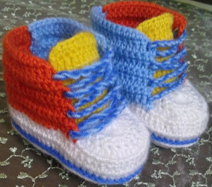 Örgü Bebek Converse Patik Yapımı