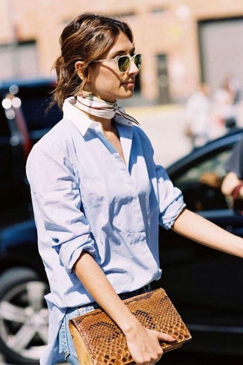 Buttton shirt, clutch and a silk scarf   Blusa de botones, bolso de mano y un pañuelo