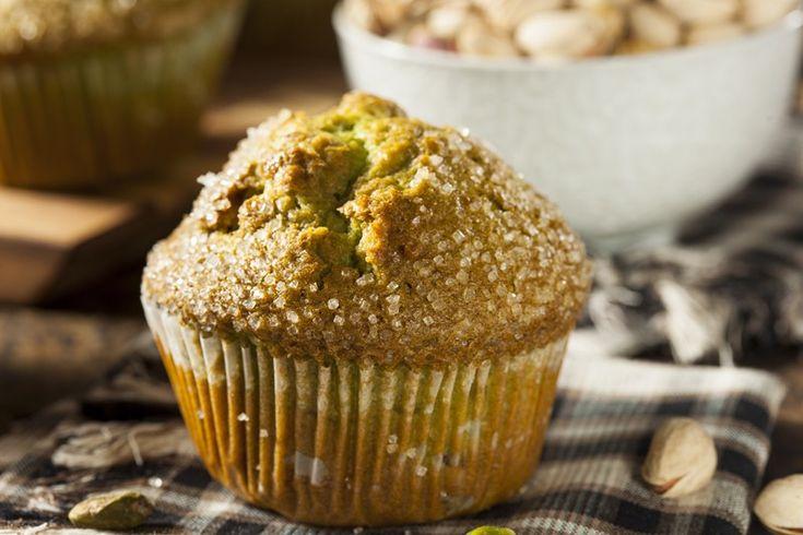 I muffin al pistacchio sono del dolci dal profumo e dal sapore davvero intenso e delizioso. Ecco la ricetta ed alcuni consigli utili per un risultato davvero perfetto