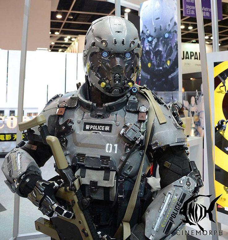 Police Robot Retro Futurism Robots Etc Futuristic