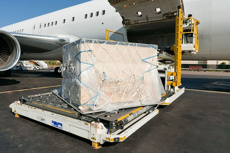 One of the best Door To Door #Air_Cargo parcels delivery in safe manners http://www.cargotoindia.co.uk/sub/door-to-door-cargo/door-to-door-air-cargo