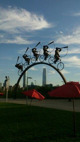 Monument at parque Bicentenario