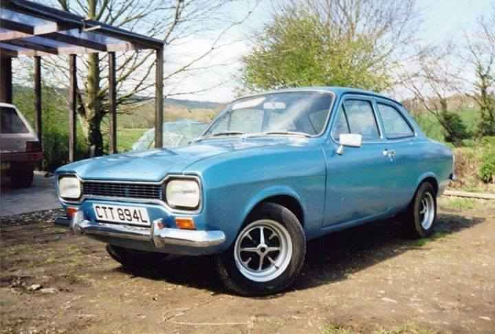Ford Escort 1300XL Reg: CTT 894L stolen 11/11/'15 from Monkokehampton,  Devon  .   The car was witnessed being towed through Hatherleigh at around 02:20-02:30am by a 4x4 - please give a share if local or friends and family are, it must be sat somewhere.       Anyone with any information can contact the police on 101 quoting crime reference number CR078045/15          Car: Mk1 Escort 1300XL       Reg: CTT894L       Colour: Blue       Stolen From: Monkokeh...