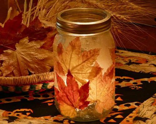 Autumn leaves are the perfect way to bring a little bit of the outdoors in. Dried leaves and Mod Podge are all it takes to make this fall leaf candle holder. I found this easy tutorial on a seasonal blog called Gingerbread Snowflakes. She has a ton of cute Holiday crafts, How-To's, and Recipes. You …