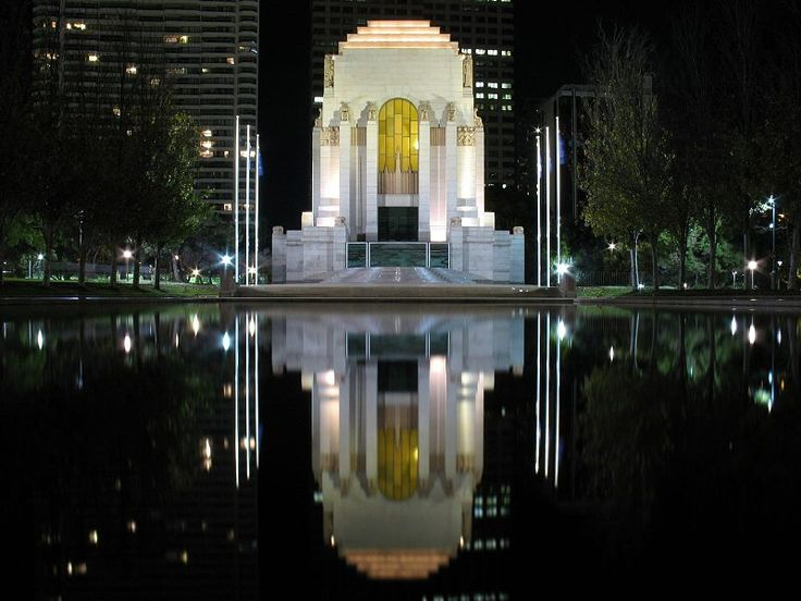 decoarchitecture:  ANZAC War Memorial, Sydney, Australia Night portrait of the memorial, reflected. 1920sxfashionxstyle:  The Sydney War Memorial at night-commissioned in 1929