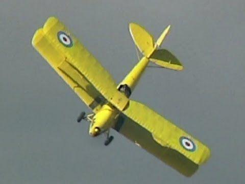 Tiger Moth biplane aerobatics