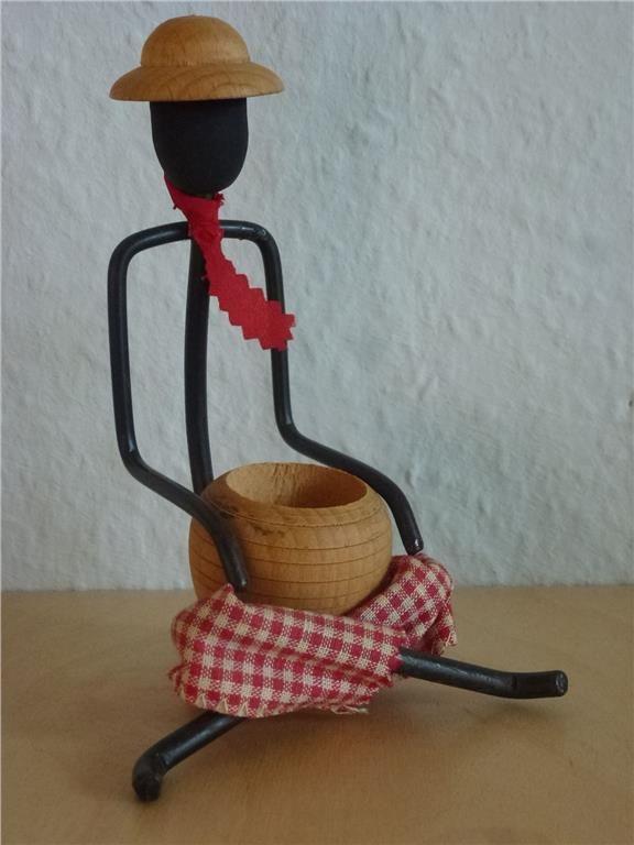 Annons på Tradera: Figurin 50-tals Bonfils mycket bra skick