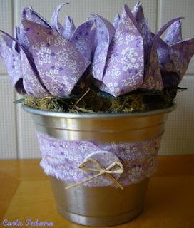 Tulipa... origami em tecido....: Ems Origami, Origami Ems, Tecido Flore, Pap Tulipa, Ems Tissue, Tulipa Origami, Carla Pedreira, Fabric Color Pink, Crafts