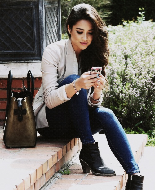 17 Best Images About Shay Mitchell On Pinterest Street