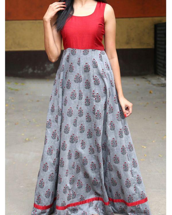 7a76d62f85d8de Printed sleeveless dress by The Anarkali Shop