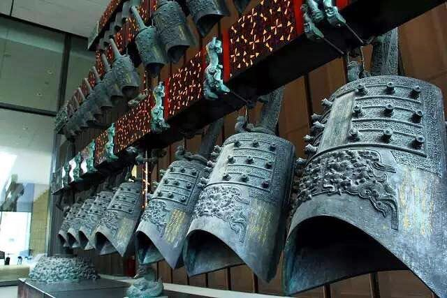 For those who are Art and Chinese traditional music lovers, now you can receive the joyful experiences at @thelalu_qingdao with unique hotel packages.#ancientchimebells#bronzebells