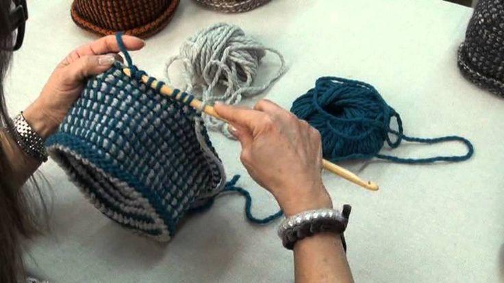 Video-tutorial per cappello in lana con punto tunisi (uncinetto tunisino) - Beanie hat worked with tunisian stitch (Tunisi crochet)