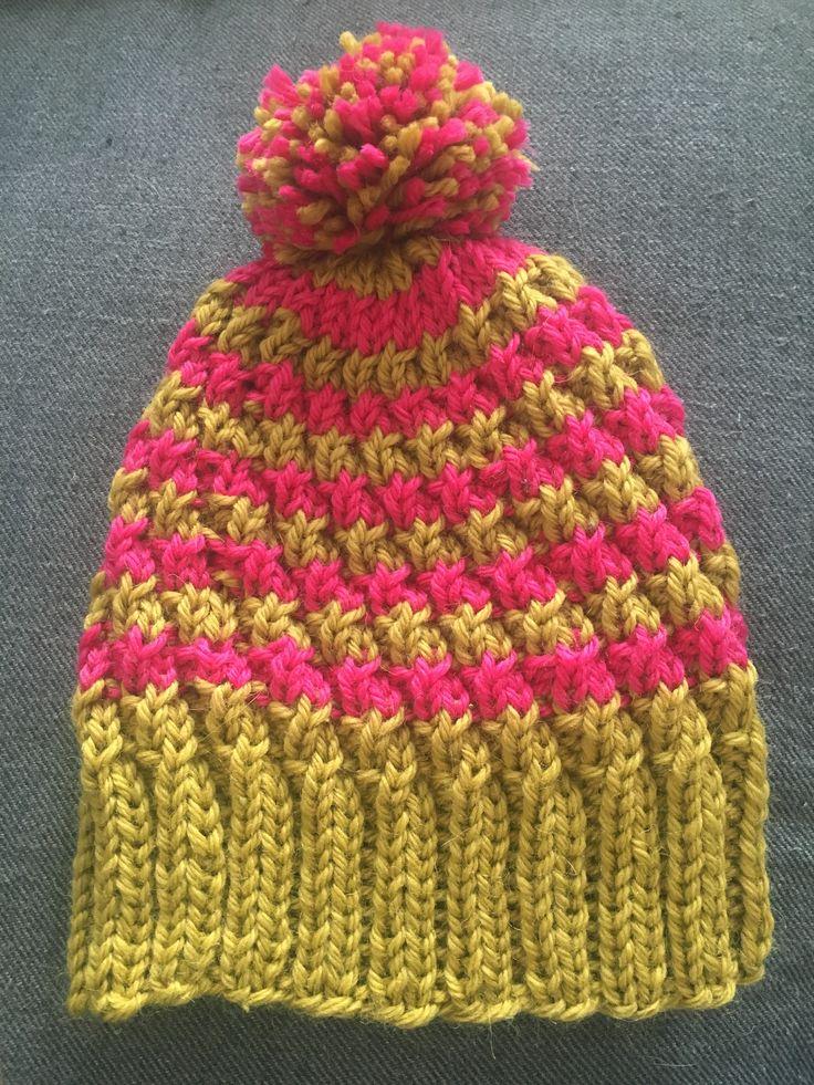 Knitted hat / Neulottu pipo  Ohje täältä http://arkisto.novitaknits.com/cms.php?cms_cname=neulemallisivu&nlm_id=93908