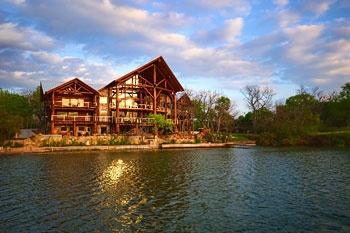 Big Timber Lodge Log Country Cove On Lbj Lake Kingsland