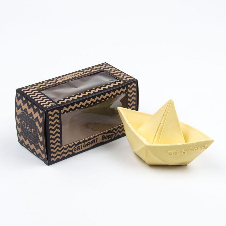 Oli & Carol beigefarbenes Origami Boot Spielzeug aus 100 % Naturkautschuk – zum Spielen, Beißen und für die Badewanne