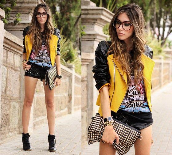 Choies Jacket, Sheinside T Shirt, Romwe Shorts, Romwe Clutch, Kafé Bracelets