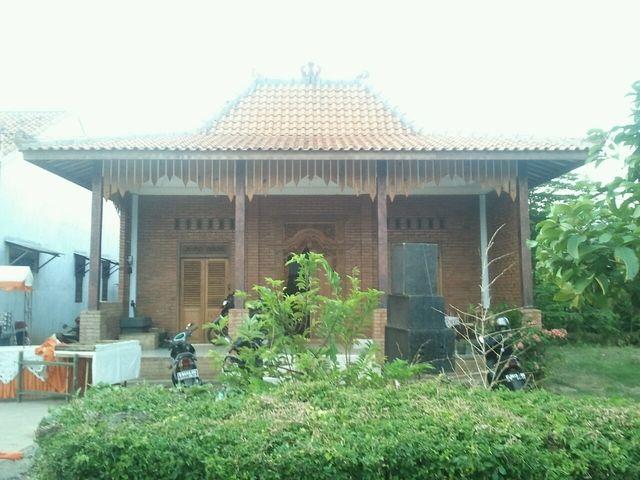 Path — Fikri Wicaksana Mumpung lagi @pulkam mampir ke rumah bulek dulu ah.menyambung silaturahim #pulkam5