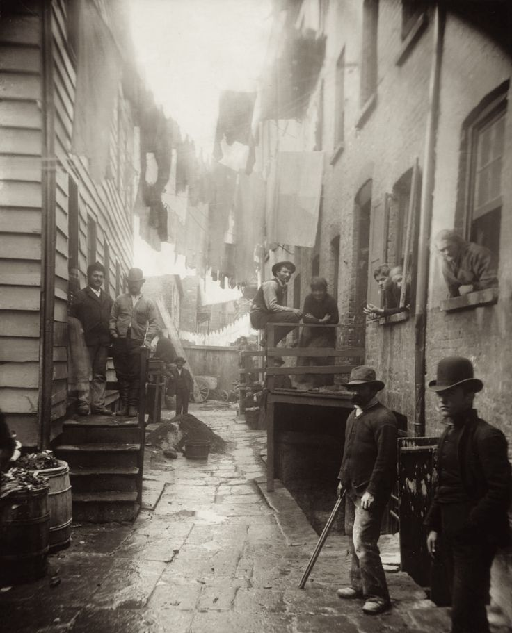 BANDITS' ROOST, NYC | AND TO THINK THAT I SAW IT ON MULBERRY STREET « The Selvedge Yard
