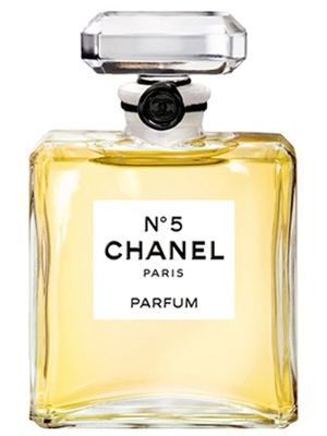 Chanel No 5: Been using this for years! Love it!   santa... santa...santa... every year you should not forget my chanel!  HoHoHo