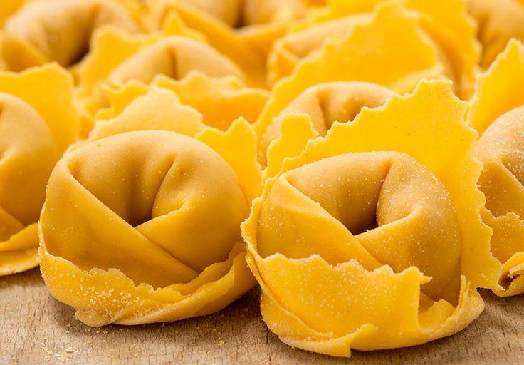 Cosa sono i cappelletti e cosa li distingue dai tortellini.