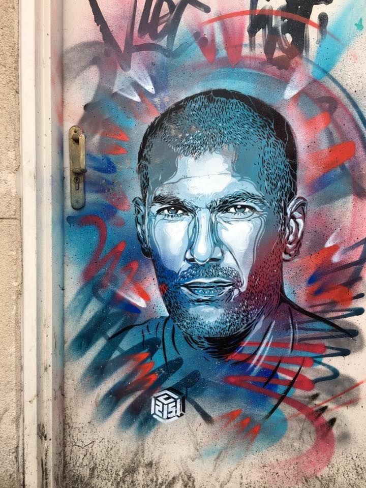 """Léxcellence"" (Zinedine Zidane), Vitry-sur-Seine, Francia by C215."