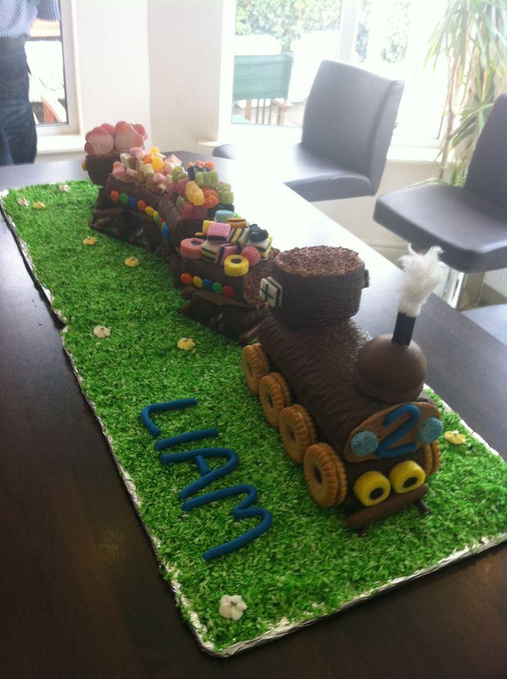 12 best Running Cake images on Pinterest Racing cake Running cake