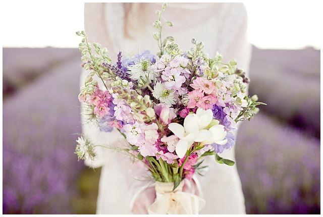 http://london-bride.com/wp-content/uploads/2012/05/LB_LavenderField_EJ_011.jpg
