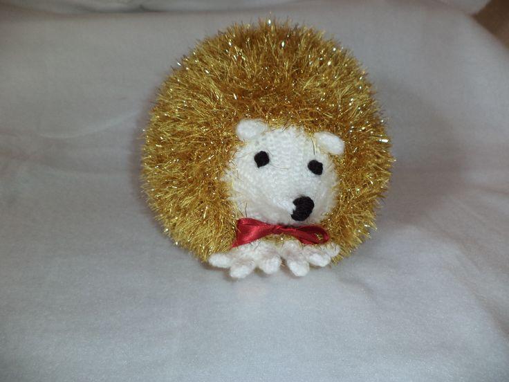meet Oscar , little hedgehog pattern from king cole tinsel ...