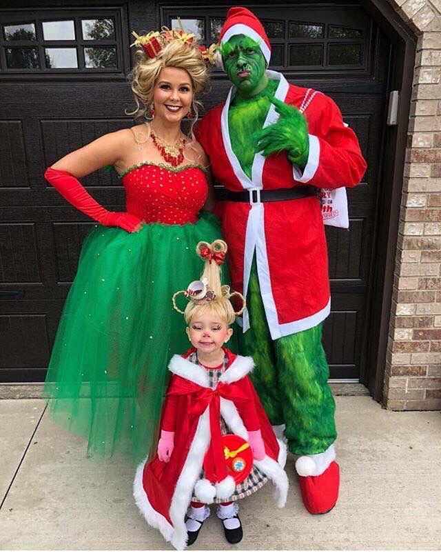 Grinch family costume goals