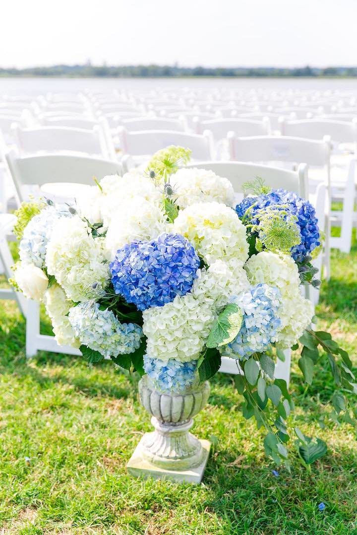 Blue Southern Charm Filled North Carolina Wedding - MODwedding