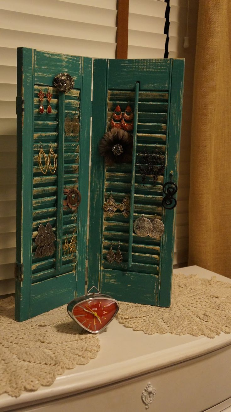 repurposing shutters decor pinterest jewelry holder