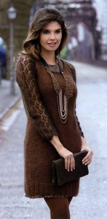 Вязаное платье из мохера